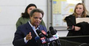 El alcalde de Chicago culpa de la ciudad de la tasa de homicidios en parte de coronavirus