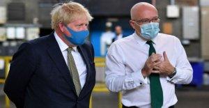 En cuanto a la inversión, reino unido dice que va a hacer máscaras obligatoria en las tiendas