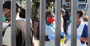 En el Sur de África, coronavirus sobretensiones como los suministros de oxígeno bajos en epicentre