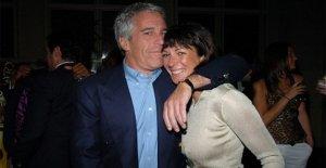 Ghislaine Maxwell acusación: ¿Cómo Jeffrey Epstein supuesta madame aplanan sus víctimas