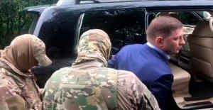 Gobernador Regional en Rusia arrestados por cargos de asesinato