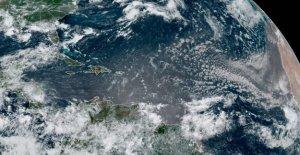 La Depresión Tropical 5 acelera de distancia de las Bermudas, puede llegar a ser la próxima tormenta tropical