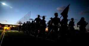 La base de la Infantería de Marina de estados UNIDOS en Okinawa informes de infecciones por coronavirus