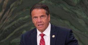 La gobernadora Cuomo golpeado en línea para la venta de cartel promocionando Nueva York COVID respuesta