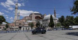La iglesia quiere que la iglesia de Santa Sofía decisión invertido
