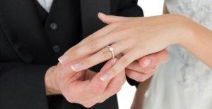 Las parejas comparten esperanzas y sueños para el retraso del gran día