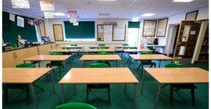 Llame a capacitar a más de habla Irlandesa maestros