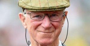 Los Fans de rendir homenaje al 'coloso' de Jack Charlton