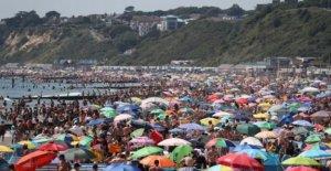 Los visitantes a Dorset playas debe actuar responsablemente'