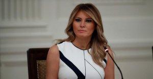 Melania Trump estatua en Eslovenia se prendió fuego en el Cuarto de julio; los sospechosos buscados