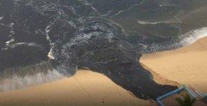 México beach resort pone de inundación de 'apestoso' agua negra