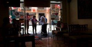 México invierte algunas aperturas como casos del virus continuar alta