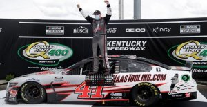 Novato Cole Custer gana Kentucky NASCAR Cup Series de la carrera