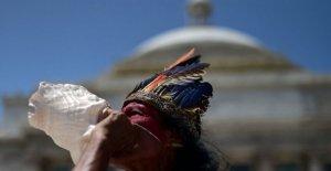 Puerto Rico preguntas España legado como estatuas en la secadora en NOSOTROS