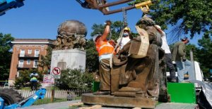 Richmond de la Confederación de los Soldados y Marineros de la estatua desmantelado, el último de los monumentos a venir abajo