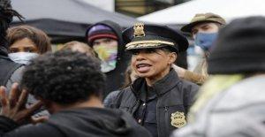 Seattle, jefe de la policía dice 'imprudente' y 'política' 50 por ciento del presupuesto recorte podría conducir a mayores despidos de funcionarios negros