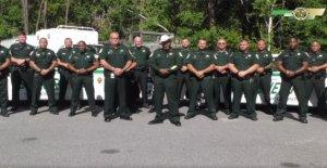 Sheriff de la Florida aclara declaraciones después de la advertencia a los manifestantes podía delegar 'cada legítimo dueño de armas'