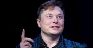 Tesla 'muy cerca' a la plena auto-conducción, Almizcle dice