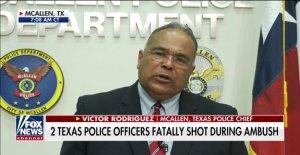 Texas jefe de la policía en una emboscada de la matanza de los 2 oficiales: Nuestra comunidad está sufriendo'