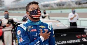 Trump llamadas para Bubba Wallace pedir disculpas, toma de frotis en NASCAR