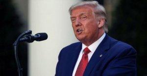 Trump reclamos más blanco que las personas mueren a manos de la policía, la defensa de vuelo bandera de la Confederación