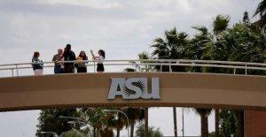ASU personal, protestas de estudiantes regresan a la escuela