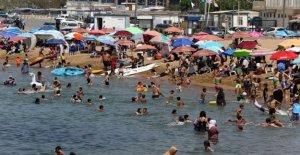 Argelia vuelve a abrir mezquitas, las playas después de 5 meses de bloqueo