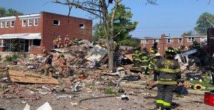 Baltimore explosión de gas niveles casas; al menos 1 mujer muertos, 5 heridos, búsqueda en curso