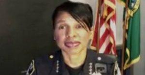 Carmen Mejores, de Seattle, jefe de policía, correos electrónicos renuncia de aviso a los oficiales: informe