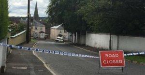 Dos hombres liberados en Nueva IRA de investigación