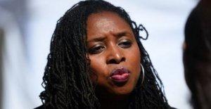 El DIPUTADO laborista dice el racismo led para el coche de la policía detener