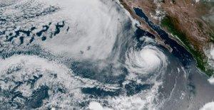 El huracán Elida fortalece a la Categoría 2 fuera de México, la tormenta puede causar 'que amenaza la vida de surf'
