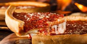 En Chicago, los turistas están tan desesperados para pizza de masa gruesa, son la necesidad de renunciar a cuarentena obligatoria: informe