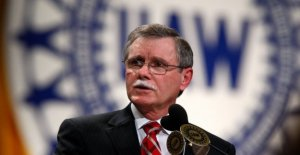 Ex-jefe de la UAW dice GM soborno reclamaciones son completamente infundada'