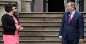 Foster 'decepcionado' por el Irlandés PM NI comentarios