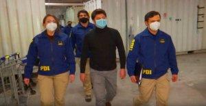 Francia declara París, Marsella en zonas de riesgo por coronavirus