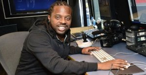 Ganador de un Grammy productor Detalle acusados de violación