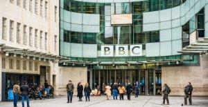 La BBC se disculpa después de que inicialmente la defensa de uso del término racista en la presentación de informes