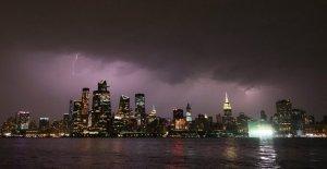 La Ciudad de nueva York apagón informó en Manhattan