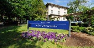La Universidad de Yale, estudiante de la demanda por 'inferiores' de las clases en línea durante la pandemia, busca reembolso de matrícula