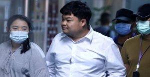 La policía tailandesa de arresto contra el gobierno de líder estudiantil