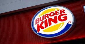 Ohio mujer tira de ajuste en Burger King, porque los empleados no servir el almuerzo a las 9 de la mañana, es detenido