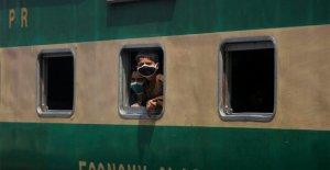 Pakistán para revertir bloqueo de medidas como COVID-19 de muerte números de descenso