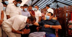 Rajapaksa juramento como PM en Sri Lanka, la cementación de la familia de la regla