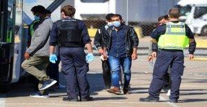 Reino unido se compromete a acabar con el 'terrible' ola de inmigración ilegal a través del Canal inglés
