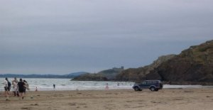 Rescate de niños arrastrados hacia el mar en inflables