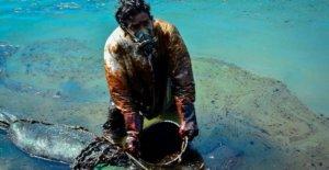 Son los mayores derrames de petróleo ocurre con menos frecuencia?
