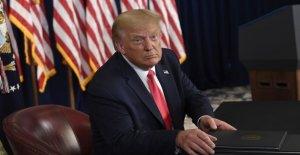 Trump dice Schumer, Pelosi 'quieren reunirse para hacer un acuerdo sobre el coronavirus del socorro
