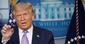 Trump flota falso, racista birther teoría acerca de Kamala Harris