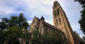 Yale 'discrimina' contra los blancos y los Asiáticos